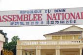 Bénin: 17 députés imposent la reconfiguration du Parlement