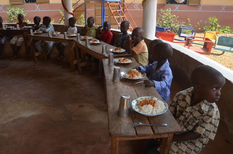 Bénin : Bientôt plus de 351 mille écoliers nourris à moindre coût