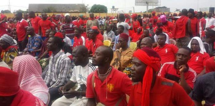 """Dans le nord du Togo, la """"vague rouge"""" se propage"""