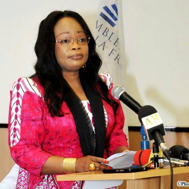 Bénin / Education : L'honorable Claudine Prudencio en phase avec les défis de l'école