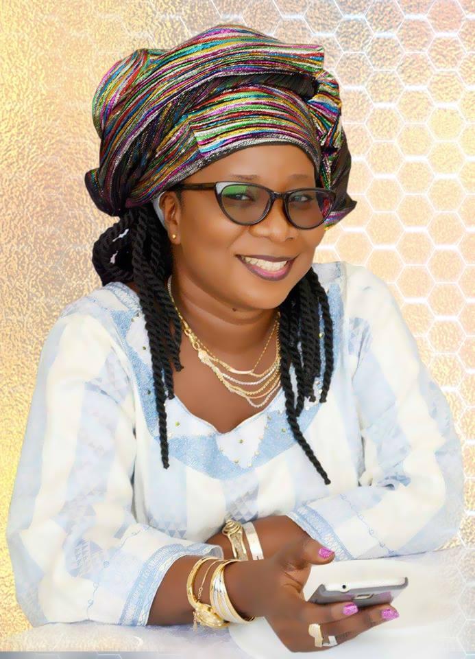 Jeune femme influente / M'ma Camara (Journaliste) : « On ne devient jamais quelqu'un dans la presse sans un mentor »