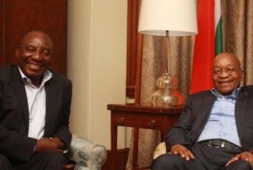 Afrique du Sud: Jacob Zuma dément toute intention de limoger Cyril Ramaphosa