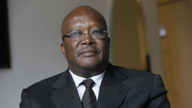 Burkina: le président Kaboré appelle