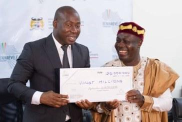 Bénin/ Culture : le cinéaste Sylvestre AMOUSSOU célébré par le gouvernement
