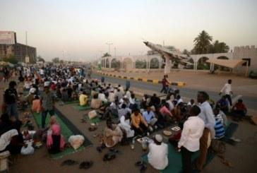 Soudan : la contestation accuse les militaires de vouloir retarder la transition