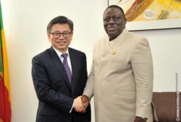 Bénin : les ambassadeurs de la Chine et du Venezuela au cabinet du président Vlavonou