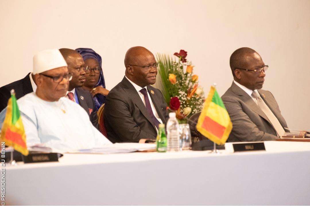 Participation du Président Talon au 21ème  sommet de l' UEMOA à Abidjan