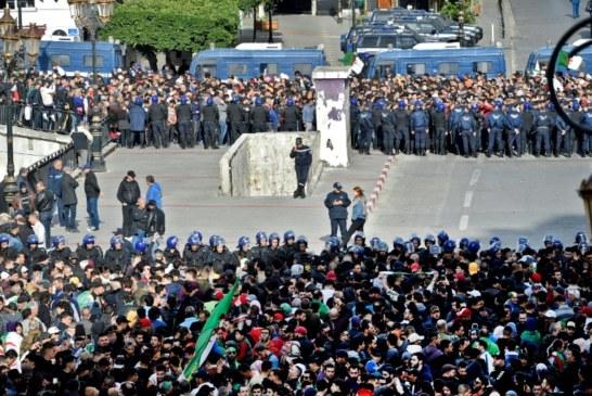 Manifestation à Alger, troubles en Kabylie : une présidentielle sous tension en Algérie